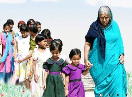 L'incredibile storia di una donna indiana che ha adottato quasi 1500 bambini in tutta la sua vita.